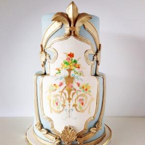 Marie-Antoinette cake